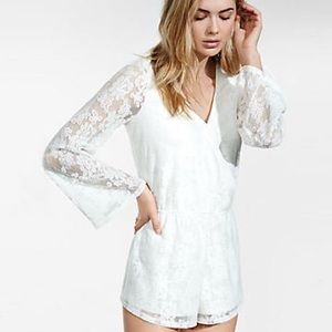 NWT 💗💗💗 Express lace romper